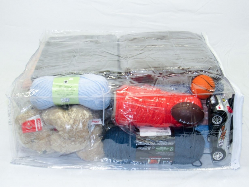 Heavy Duty Vinyl Zippered Storage Bags (Clear) (20 X 23 X 8)